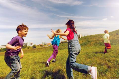 Описание подвижной игры для детей школьного возраста (доклад для 2 класса по физкультуре)